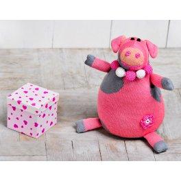 Свинка Нюша